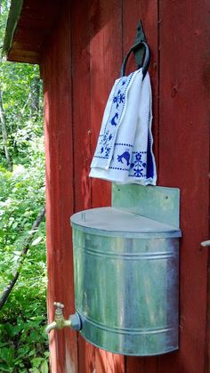 Look at the webpage to learn more on rainwater collection system cost. Click the link to learn more. See our exciting images. Outhouse Bathroom, Outdoor Toilet, Outdoor Bathrooms, Composting Toilet, Cabins In The Woods, Cottage, Rustic, Decoration, Pergola