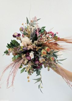 Shop Afloral for dried flowers and grasses, and create your own DIY fall bouquet or arrangement with these fragrant bunches of dried French lavender. Wedding Flower Guide, Cheap Wedding Flowers, Flower Bouquet Wedding, Wedding Greenery, Autumn Wedding Flowers, Wedding Ideas, Trendy Wedding, Dream Wedding, Dried Flower Bouquet