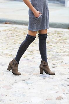 Womens Hybrid Heel Boot. stylishmomz's blog