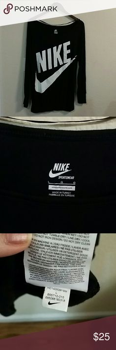 Women's Nike long sleeve Tee New without tags. Black and white Nike long sleeve top. Size large. Made of rayon from bamboo and spandex. Stretchy and cozy. Nike Tops Tees - Long Sleeve
