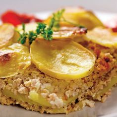 This page contains ground beef casserole recipes. Ground beef can be combined with so many different ingredients to make delicious casseroles. Beef Casserole Recipes, Ground Beef Casserole, Quinoa, Ground Meat Recipes, Mouth Watering Food, Food Categories, Pavlova, Salmon Burgers, Cooking Tips