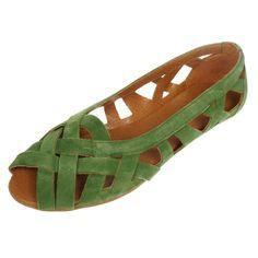 Doreen   Shop at Onyva.ch ° #shoes #lagarconne #shuhe #summershoes #onyva #fashion #design #shoedesign #cuteshoes #walk #madeforwalking #zurich #switzerland #onlinestore Elegant, Summer Shoes, Cute Shoes, Designer Shoes, Walking, Zurich, Sandals, Switzerland, Shopping
