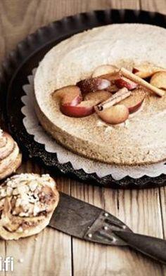Luumujuustokakku - kurkkaa ohje ja leivo! | Meillä kotona Cheesecake, Deserts, Food And Drink, Dessert Recipes, Pie, Baking, Drinks, Healthy, Foodies