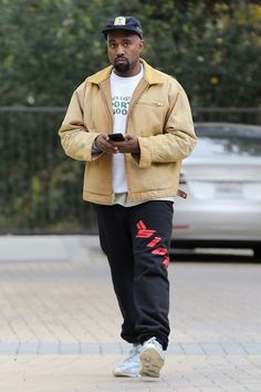ea6502db Kanye West wearing Sicko Sicko Pain Sweatpants Black Kanye West Outfits, Kanye  West Style,