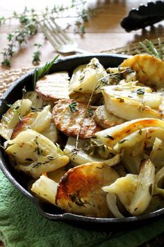 Healthy Italian recipes: Oven Roasted Potatoes and Fennel, a simple yet delicious vegetarian meal