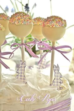 White chocolate Cake pops