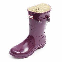 Hunter Original Short Gloss Wellington Boots - Dark Ruby: Amazon.co.uk: Sports & Outdoors Hunter Wellington Boots, Hunter Original, Hunter Boots, Rubber Rain Boots, Outdoors, The Originals, Shoe Bag, Amazon, Dark