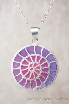 Purple/mauve spiral sterling silver and resin pendant. #sterlingsilverpendant #resinpendant #handmadependant