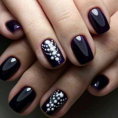 Dotting Nail Art For other models, you can visit the category. For more ideas, please … Dot Nail Art, Nail Art Diy, Diy Nails, Nail Designs Easy Diy, Nail Art Designs, Beautiful Nail Art, Beauty Nails, How To Do Nails, Hair And Nails