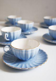 Set of 6 Teacups Vintage Tea set English Tea set Blue tea set Wedding gift English teacups Blue teacups English porcelain Wedding Anniversary Gifts, Wedding Gifts, Tea Sets Vintage, Fine Porcelain, Teacups, Tea Time, Summertime, English, Tableware
