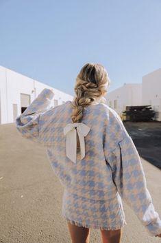 Amber Fillerup- Barefoot Blonde #fashion #style #clothes #ootd #fashionblogger #streetstyle #styleblogger #styleinspiration #whatiworetoday #mylook #todaysoutfit #lookbook #fashionaddict #clothesintrigue