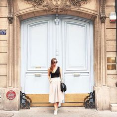 Parisian doors. @tovogueorbust in the Wilfred Narrateur skirt.