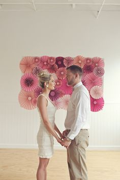 love this wall decoration.  Explosion of pinwheels.