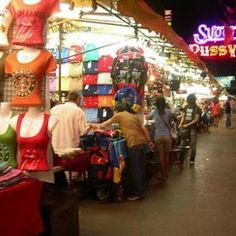 Thailand Travel Advice: 10 Things To Avoid Doing In Thailand