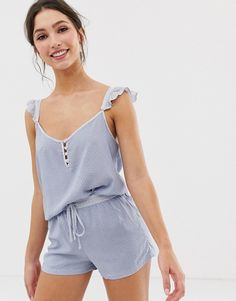 Buy Women'secret printed ruffle short pyjama set in blue at ASOS. With free delivery and return options (Ts&Cs apply), online shopping has never been so easy. Get the latest trends with ASOS now. Night Suit, Night Gown, Outfit Night, Pyjamas, Ropa Interior Babydoll, Pijamas Women, Nightwear Online, Cute Pajamas, Girl Clothing