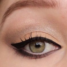 Daily make-up using sleek au naturelle palette