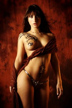 inspired by luis royo by gestiefeltekatze on deviantART