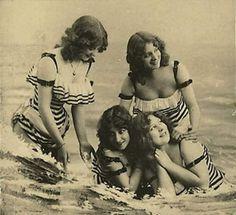 Bathing beauties, 1910s.