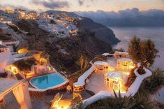 Restaurant Cacio e Pepe ; Santorini Greece