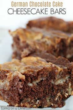 will love this easy German Chocolate Cake Cheesecake Bars Recipe! Cheesecake and German chocolate make a tasty dessert. Try this easy dessert for a holiday party! Easy German Chocolate Cake, German Chocolate Cheesecake, Homemade Chocolate, Chocolate Desserts, Chocolate Chocolate, German Cake, How To Make Chocolate, Dessert Simple, Cheesecake Bars