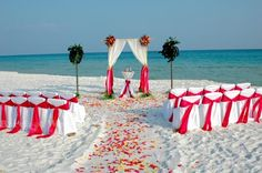 Look at this gorgeous beach wedding in the Gulf...book a vacation rental in Anna Maria Island, FL and you'll be able to thank your wedding guests with a trip to the beach!