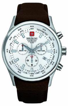 Herrenchronograph der Marke Swiss Military Hanowa mit Edelstahl-Gehäuse verleiht Ihnen in jedem Outfit ein einzigartiges Gefühl. Quarz-Uhr (Analog) mit Leder-Armband und Dornschließe Gehäusedurchmesser ca. 44 mm
