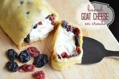 Baked Goat Cheese en Croute Recipe