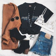 sweater cute black top lace up top brown sweater denim shorts ankle boots lace bralette outfit t-shirt lace bra frayed denim rust knitted sweater sweater weather black t-shirt shirt cardigan black boots jeans denim sunglasses jewels white Casual Fall Outfits, Edgy Outfits, Teen Fashion Outfits, Summer Outfits, Fall Fashion, Casual Shoes, Style Fashion, Boating Outfit, Black Lace Tops