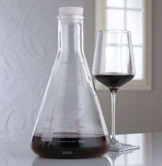 Erlenmeyer Flask Lab Wine Decanter. Neat. I'm a science teacher. Gotta love it!