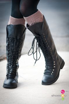Andrea-16_Military_Lace_Up_Knee_High_Boots_(Black)