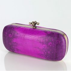 VALERIE Box Clutch Watersnake pink Wild Thing - Refined Box Clutch Water Snake with a decorative closure signal in magenta color and gradient. A real statement piece with full trend effect ensures absolute attention. €369