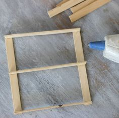 How to make a DIY Mini Pallet