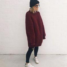 Wool boxy in Burgundy 👏🏻 @krystalboydpriest #wool #aw2016 #heartworking #knitwear #australia #ilovemrmittens #bigknits