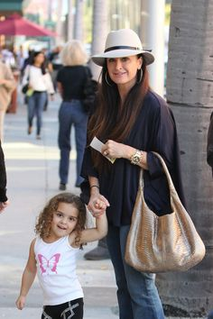 Kyle Richards love the flowy look with her hat