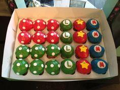 mario cupcakes - Google Search Super Mario Cupcakes, Super Mario Party, Super Mario Bros, Mario Birthday Cake, Super Mario Birthday, Birthday Fun, Birthday Parties, Birthday Ideas, Cupcake Party