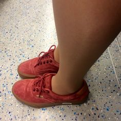 small feet : large calf ratio  is due mainly to perspective. North bound London Overground