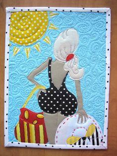 Mug Rug or Mini Wall Hanging by mamacjt Mug Rug Patterns, Applique Patterns, Applique Quilts, Quilt Patterns, Canvas Patterns, Quilting Projects, Quilting Designs, Sewing Projects, Small Quilts