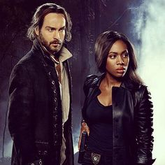 Tonight we meet evil warlock Solomon Kent (guest star Johnathon Schaech from That Thing You Do) who is in search of a book of spells and flashback to the Salem Witch Trials. Changes are on the horizon in Sleepy Hollow - make sure to tune in tonight at 9/8c!