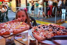 Kona Brewing Pizza -Looking for a great meal on the Big Island? Here are some of our favorite restaurants.