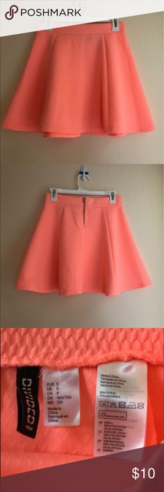 High Waisted Coral Skater Skirt High Waisted Coral Skater Skirt H&M Skirts Circle & Skater