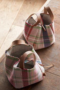 My Bags, Purses And Bags, Sacs Tote Bags, Fabric Purses, Pink Handbags, Jute Bags, Boho Bags, Linen Bag, Quilted Bag