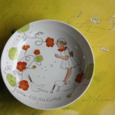 quelques images au fond de l'assiette histoire de donner envie de finir  compotes, purées et autres bouillies...