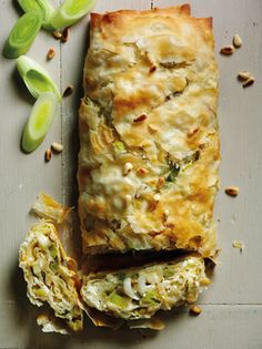 Find out how to make delicious Leek, Feta & Filo Roulade with this vegetarian recipe from Veggie Magazine Veg Recipes, Cooking Recipes, Healthy Recipes, Greek Recipes, Fennel Recipes, Cooking Ribs, Cooking Salmon, Quick Recipes, Healthy Food