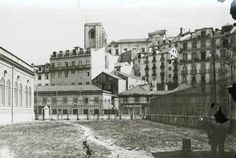 Campo das Cebolas, 1930 Antique Photos, Old Photos, Black White Photos, Capital City, Back In The Day, Good Old, Time Travel, City Photo, Street View