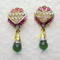 JWR2977 : White and Magenta American Diamond Studded Earring