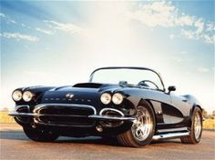 Chevrolet Corvette 1956-1962: another all-time favorite, better yet, all black instead of the red-white.