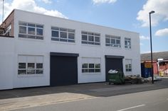 TO LET • B1 Warehouse & Office Units • 1,741 SQ FT (161.74 SQ M) • Units 6 & 7, Arrow Business Centre, 19 Aintree Road, Perivale UB6 7LA • Electric roller shutter door • 3 phase power • WC & Kitchenette • Allocated car parking • Website Link http://www.telsar.com/property-details/28607/b1-warehouse-unit-to-let