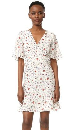 ¡Cómpralo ya!. The Kooples Mixed Print Silk Dress - Ecru. An airy floral print The Kooples dress with a ruffled hem. Tiny pom poms trim the surplice neckline and pleated waistband. Short, flared sleeves. Hidden side zip. Lined. Fabric: Silk crepe. Shell: 100% silk. Trim: 100% cotton. Lining: 100% polyester. Dry clean. Imported, China. Measurements Length: 35.75in / 91cm, from shoulder Measurements from size S. Available sizes: M,XXS , vestidoinformal, casual, informales, informal, day…