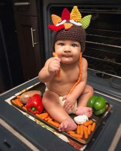 Baby's first Thanksgiving pic! Fall Baby Pictures, Baby Boy Photos, Newborn Pictures, Infant Pictures, Thanksgiving Pictures, Thanksgiving Baby, Holiday Pictures, Monthly Baby Photos, Newborn Baby Photography