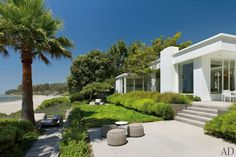Abigail Turin's Carpinteria, California, Beach House : Architectural Digest